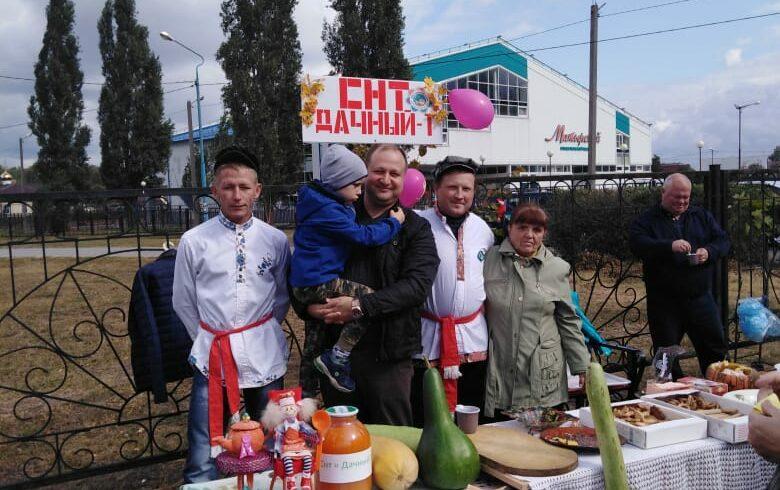 Садоводы Липецка накормили тыквенной кашей жителей поселка Матырский