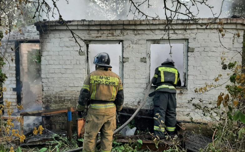 В Липецке сгорел жилой дом